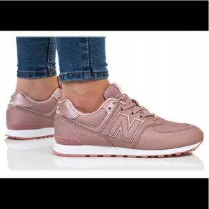 New Balance 574 Women's Shoes Size 6 NEW!